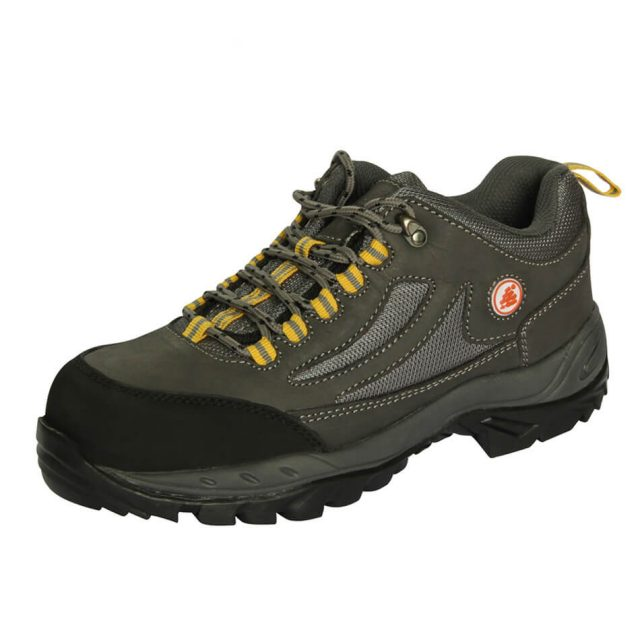 户外运动款安全鞋